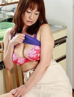 188HINT 0399 256x337 - [188HINT-0399] 慶子43歳